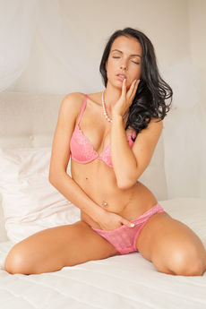 Sapphira A Nude Juicy Pink Pussy Asshole Bed Tease - Picture 3