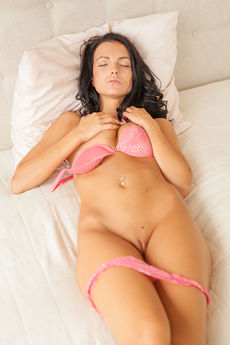 Sapphira A Nude Juicy Pink Pussy Asshole Bed Tease - Picture 7